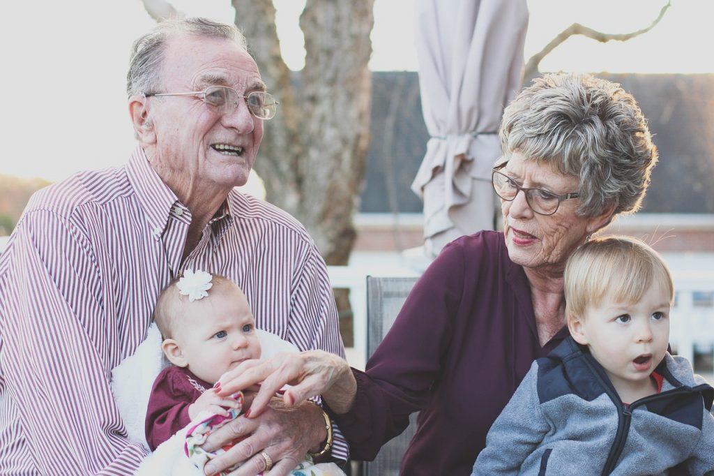 学資保険に祖父母が加入